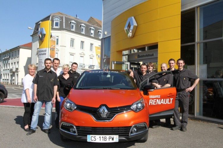 essayer le nouveau renault captur garage renault frey. Black Bedroom Furniture Sets. Home Design Ideas