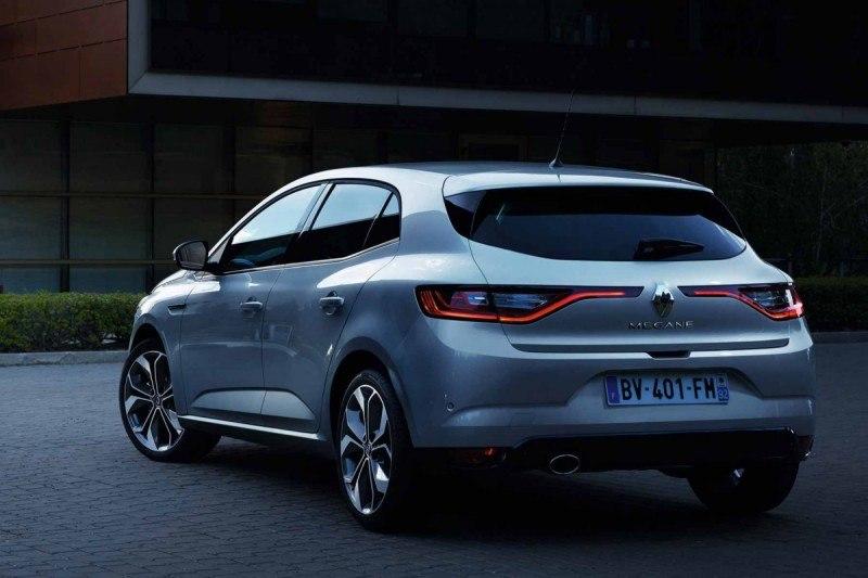 Renault_Megane_2015_ff913-1200-800