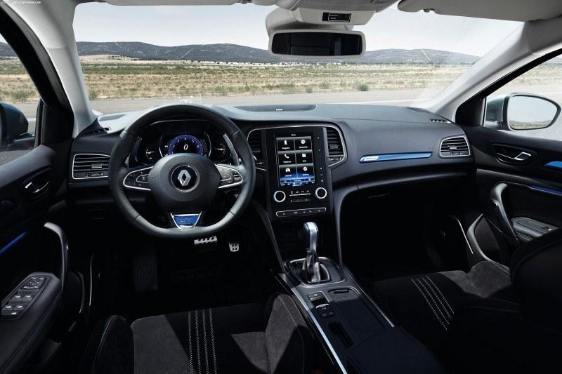 Renault_Megane_2016-int7